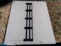Вставка в решетку радиатора